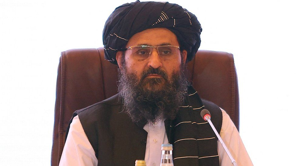 https: img.okezone.com content 2021 09 16 18 2472374 baradar-muncul-ke-publik-bantah-perselisihan-internal-taliban-KJscxFOTO2.jpg
