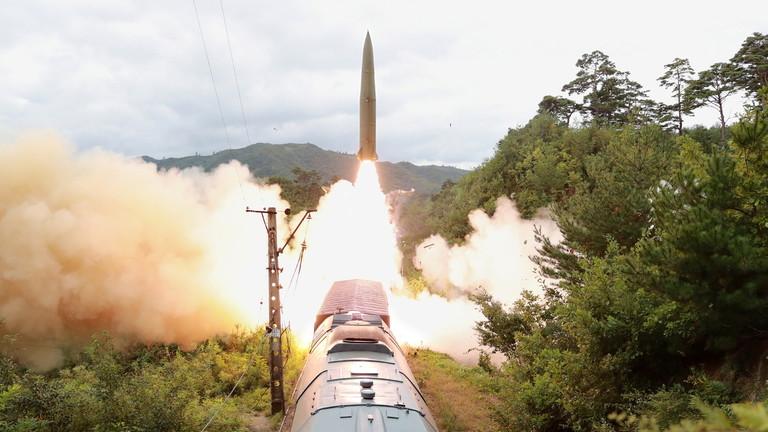 https: img.okezone.com content 2021 09 16 18 2472396 korut-sukses-uji-coba-rudal-yang-diluncurkan-dari-kereta-api-LBPKImGEQq.jpg