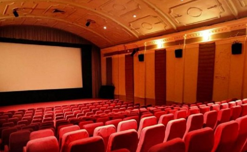 https: img.okezone.com content 2021 09 16 206 2472176 mohon-perhatian-anda-pintu-teater-bioskop-dibuka-hari-ini-cek-syaratnya-di-sini-1PDDH5HQuY.jpg