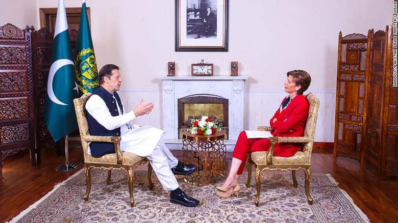 https: img.okezone.com content 2021 09 17 18 2472841 pm-pakistan-minta-dunia-berikan-waktu-untuk-taliban-r4H0pZvboA.jpg