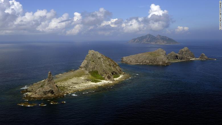 https: img.okezone.com content 2021 09 17 18 2472937 jepang-tarik-garis-merah-usai-sengketa-pulau-dengan-china-4CivhJGEZT.jpg