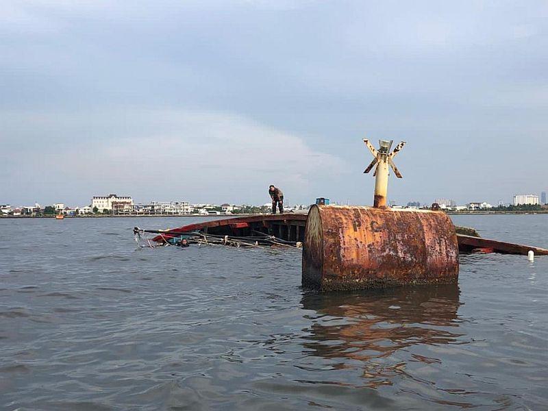 https: img.okezone.com content 2021 09 17 340 2472827 kapal-milik-kemenkumham-tenggelam-di-nusakambangan-2-orang-tewas-7TnGgpvpm4.jpg