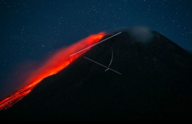 https: img.okezone.com content 2021 09 17 510 2472760 awas-gunung-merapi-11-kali-luncurkan-guguran-lava-pijar-ke-barat-daya-TxFUhTV2Tt.jpg