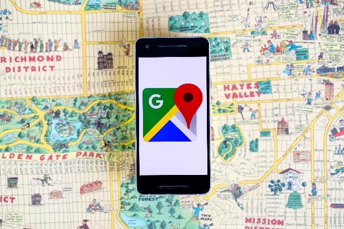 https: img.okezone.com content 2021 09 17 54 2472889 heboh-suara-misterius-muncul-di-navigasi-google-maps-e8sFSgz0Gp.jpg