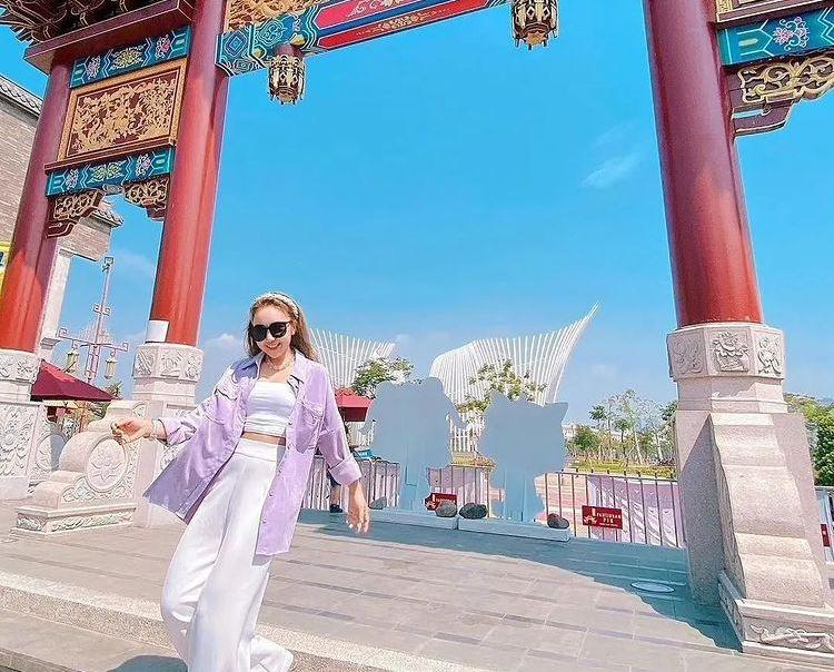 https: img.okezone.com content 2021 09 18 301 2473354 tempat-rekreasi-instagramable-baru-di-jakarta-anak-gaul-wajib-tahu-6NH6RJaabZ.jpg