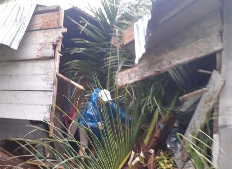 https: img.okezone.com content 2021 09 18 340 2473273 angin-kencang-rusak-puluhan-rumah-warga-kepulauan-talaud-tak-ada-korban-jiwa-TIdcnLbFUz.jpg