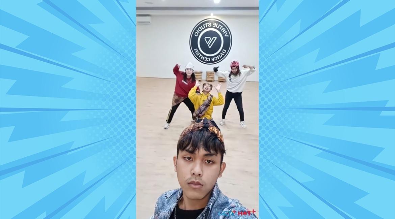 https: img.okezone.com content 2021 09 21 205 2474537 yuk-ajak-keluarga-dan-temanmu-berjoget-ria-dengan-ikutan-september-challenge-selfie-dance-42hvyhKnkn.jpeg