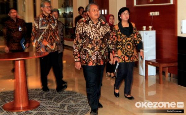 https: img.okezone.com content 2021 09 21 320 2474684 bi-prediksi-ekonomi-indonesia-tumbuh-4-3-tahun-ini-e0YcOipZjv.jpg