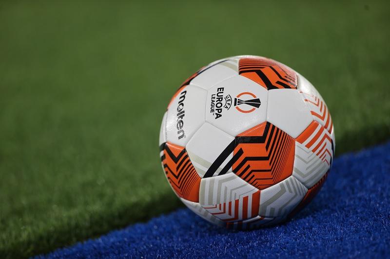 https: img.okezone.com content 2021 09 21 51 2474808 ternyata-ini-negara-yang-pertama-kali-memperkenalkan-permainan-sepak-bola-283GDIGthb.jpg