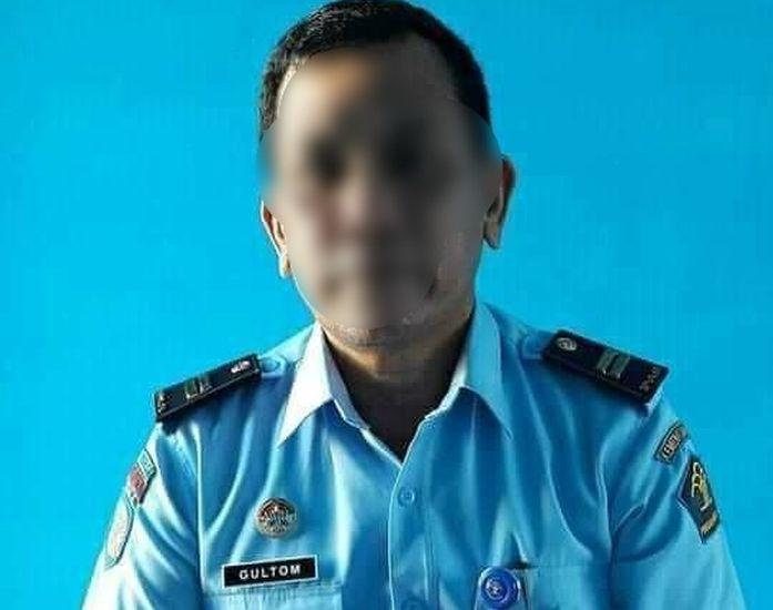 https: img.okezone.com content 2021 09 21 608 2474613 viral-pegawai-rutan-aniaya-santri-di-madina-pelaku-tak-berkutik-ditangkap-Umkz3WdxxC.jpg