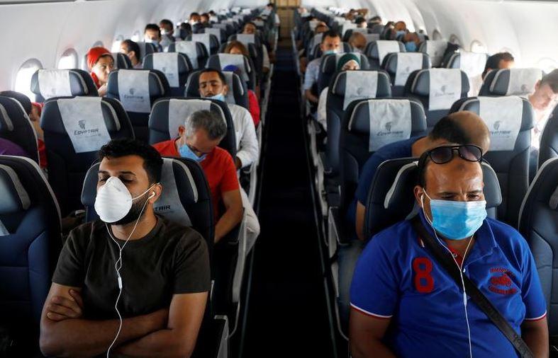 https: img.okezone.com content 2021 09 22 406 2475284 3-penumpang-pesawat-diusir-padahal-sudah-9-jam-delay-ternyata-ini-penyebabnya-boXH7EoQdv.JPG