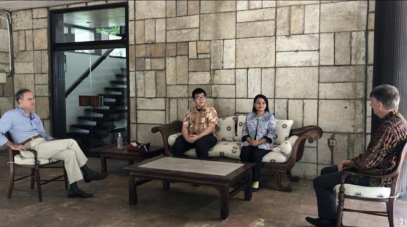 https: img.okezone.com content 2021 09 22 65 2475385 dua-pemuda-wakili-indonesia-hadiri-youth-cop26-di-italia-kJZ6SHdEKf.jpeg