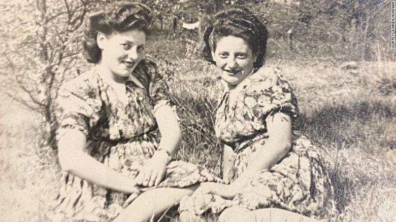 https: img.okezone.com content 2021 09 23 18 2475695 kisah-2-saudara-perempuan-yahudi-yang-bertemu-petani-polandia-yang-selamatkan-nyawa-mereka-tstw90lA5n.jpg