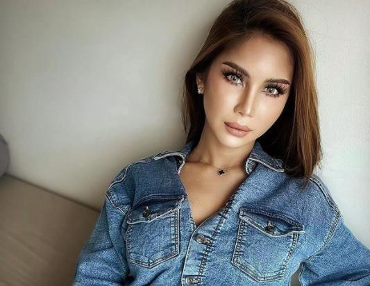 https: img.okezone.com content 2021 09 23 18 2475805 transgender-yang-didakwa-menghina-islam-nur-sajat-terancam-dideportasi-dari-thailand-hmEHwy09gX.jpg