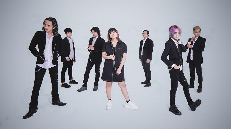 https: img.okezone.com content 2021 09 23 205 2476032 debut-line-of-god-bawa-nuansa-baru-musik-rock-6NVvPJ7r1g.jpg