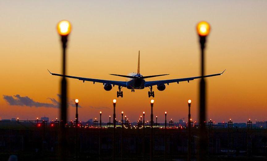 https: img.okezone.com content 2021 09 23 406 2475912 ada-nenek-83-tahun-meninggal-pesawat-boeing-777-mendarat-darurat-BRPIyGv3mf.JPG