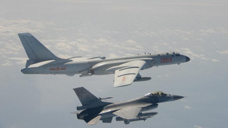 https: img.okezone.com content 2021 09 24 18 2476439 19-pesawat-militer-china-terobos-zona-pertahanan-taiwan-berikan-peringatan-9vKKuyKDkG.jpg