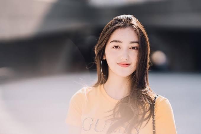 https: img.okezone.com content 2021 09 24 33 2476407 biodata-dan-agama-ranty-maria-artis-keturunan-korea-calon-istri-rayn-wijaya-XiaSMhAgwY.jpg