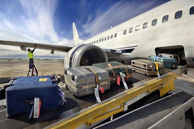 https: img.okezone.com content 2021 09 24 406 2476365 daftar-maskapai-penerbangan-terbaik-dan-terburuk-dalam-menangani-bagasi-penumpang-pxKqZHmRlb.jpg