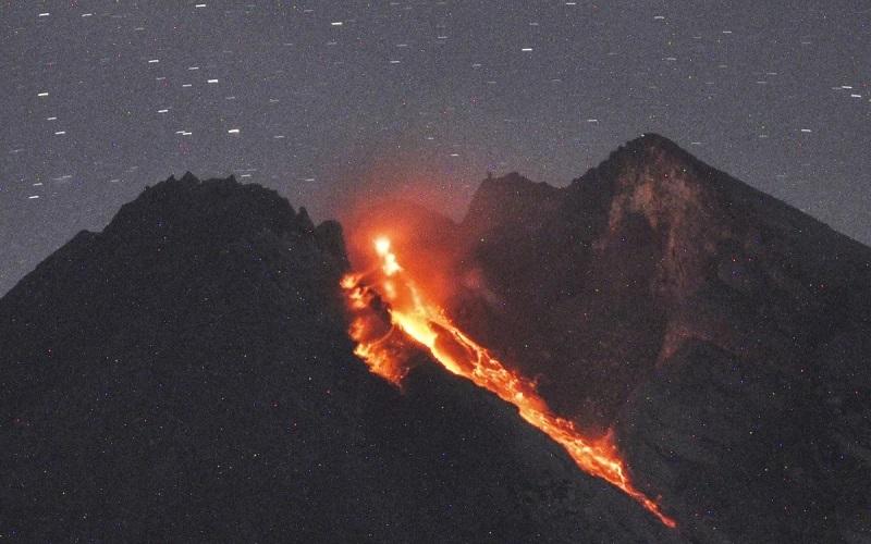 https: img.okezone.com content 2021 09 25 510 2476858 gunung-merapi-muntahkan-guguran-lava-sebanyak-141-kali-bEB9nPXJgK.jpg