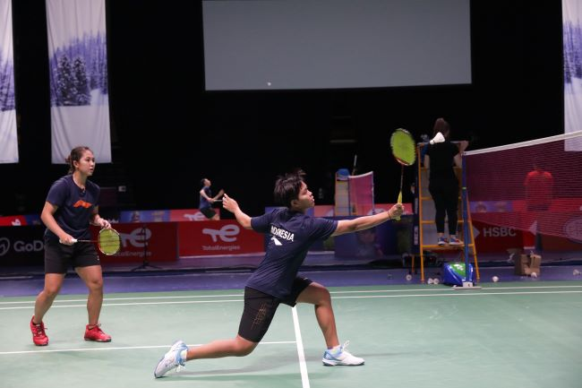 https: img.okezone.com content 2021 09 26 40 2477196 piala-sudirman-2021-ribka-fadia-raih-kemenangan-keempat-indonesia-atas-rusia-GgB0EKiA3i.JPG