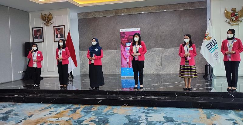 https: img.okezone.com content 2021 09 27 320 2477660 6-profil-finalis-calon-menteri-bumn-ada-wanita-muda-19-tahun-mVwEOlBKbN.jpg
