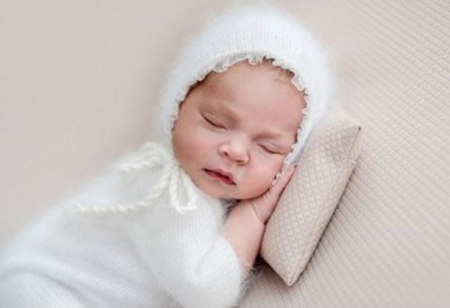 https: img.okezone.com content 2021 09 27 616 2477617 bermakna-cantik-dan-terhormat-ini-10-inspirasi-nama-anak-perempuan-islami-j72yGVoHIz.jpg