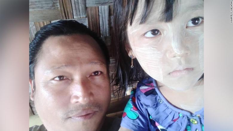 https: img.okezone.com content 2021 09 28 18 2477892 kisah-sedih-anak-anak-yang-disandera-karena-pemberontakan-orangtuanya-1yDW34aqUv.jpg