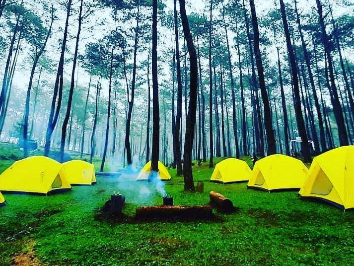 https: img.okezone.com content 2021 09 30 408 2479269 tempat-camping-di-bandung-cocok-buat-lepas-penat-bareng-keluarga-FFiLpjz7ve.JPG