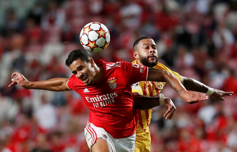 https: img.okezone.com content 2021 09 30 620 2479145 bantai-barcelona-0-3-di-liga-champions-para-pemain-benfica-luapkan-sukacita-Oz5dOginYA.jpg