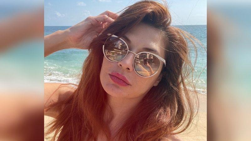 https: img.okezone.com content 2021 10 02 194 2480401 tamara-bleszynski-pamer-foto-bikini-jaman-dulu-duh-menggoda-banget-uCflym8QZi.jpg
