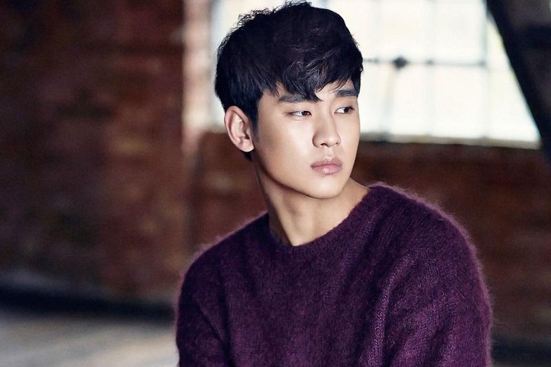 https: img.okezone.com content 2021 10 05 206 2481732 kim-soo-hyun-jadi-anak-kuliahan-dalam-drama-one-ordinary-day-vJGQa1s8pw.jpg