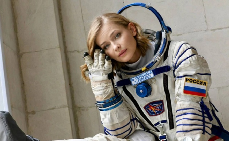 https: img.okezone.com content 2021 10 05 56 2481513 rusia-siap-bikin-film-pertama-di-luar-angkasa-b05Wy4TuL3.jpg