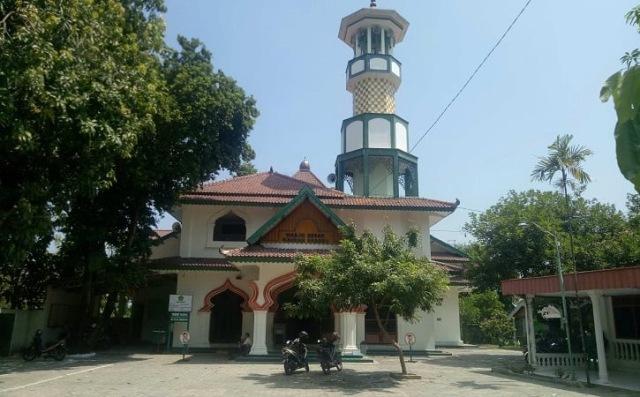 https: img.okezone.com content 2021 10 05 615 2481649 4-masjid-di-sragen-ini-ternyata-bernilai-sejarah-tinggi-ada-yang-dibangun-tahun-1500-m-0XY3Sv5MDv.jpg