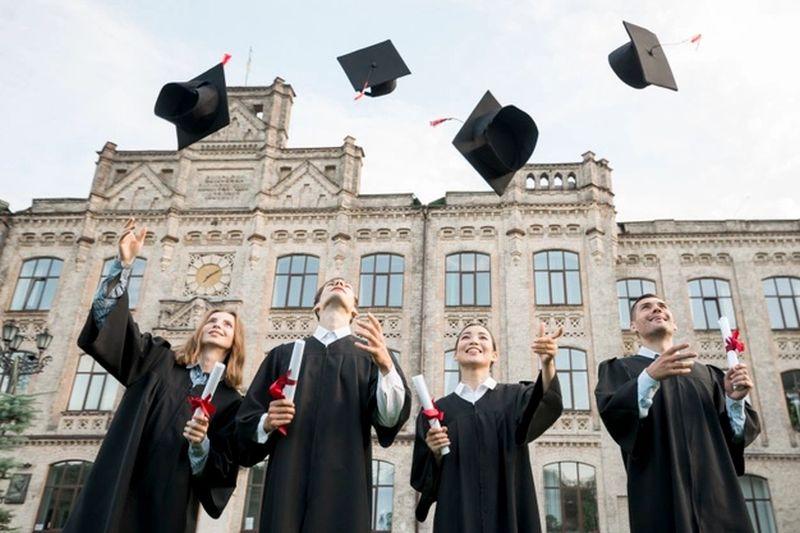 https: img.okezone.com content 2021 10 05 65 2481548 jurusan-kuliah-paling-dibutuhkan-di-dunia-kerja-apa-saja-ui5Fon1JXl.jpg