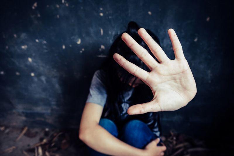 https: img.okezone.com content 2021 10 07 340 2482788 kasus-pencabulan-ayah-pada-3-anak-kandung-ditutup-polri-pastikan-bisa-dibuka-lagi-tXTqROgAIB.jpg
