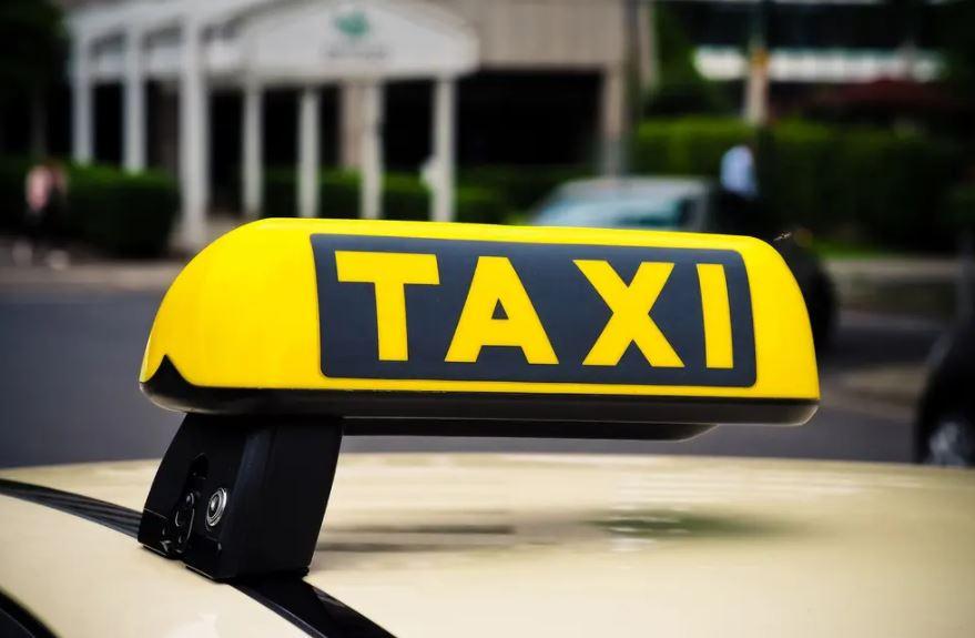 https: img.okezone.com content 2021 10 07 406 2482990 viral-sopir-taksi-ngaku-s2-minta-penumpang-tak-lakukan-hal-ini-7PIRSSDnew.JPG