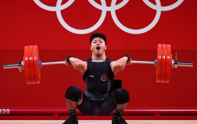 https: img.okezone.com content 2021 10 07 43 2482826 usai-perunggu-olimpiade-tokyo-2020-rahmat-erwin-abdullah-segel-emas-di-pon-xx-papua-2021-HRziNm92qT.jpg
