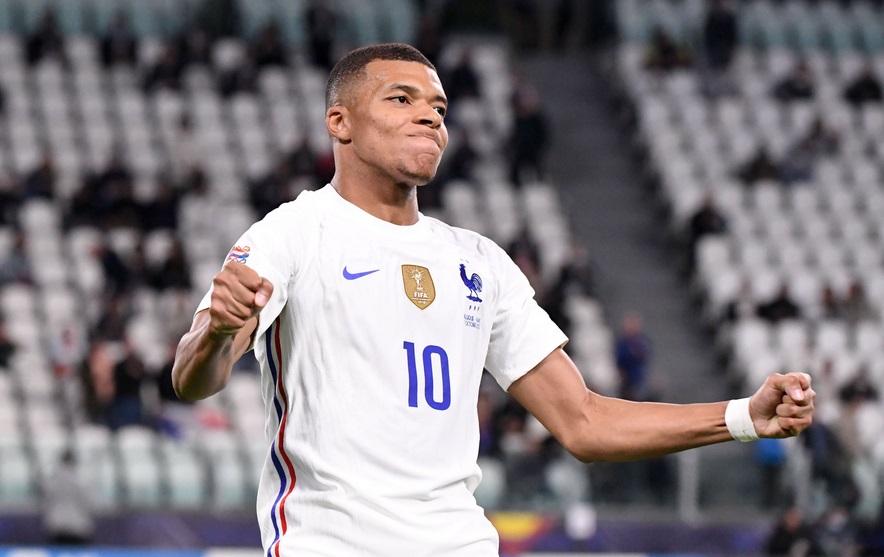 https: img.okezone.com content 2021 10 08 45 2483170 beli-kylian-mbappe-newcastle-united-juara-liga-inggris-2022-2023-JHYERVxj8A.jpg