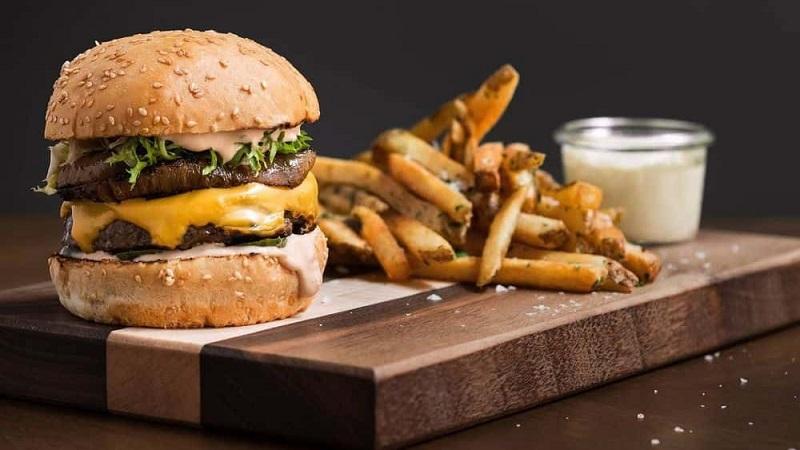 https: img.okezone.com content 2021 10 10 298 2484038 10-burger-termahal-di-dunia-ada-punya-indonesia-x8kBkgaPiK.jpg
