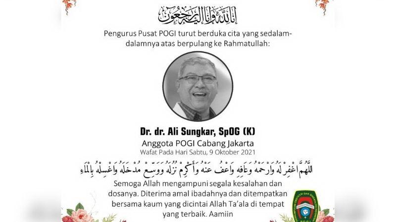 https: img.okezone.com content 2021 10 10 481 2484123 dokter-ali-sungkar-meninggal-dunia-tasya-kamila-ikut-berduka-wFCLd34rgz.jpg