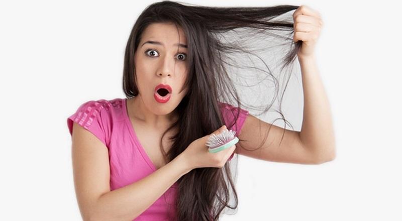 https: img.okezone.com content 2021 10 10 611 2483947 picu-kebotakan-stop-mengikat-rambut-dengan-model-seperti-ini-vG0TB5GdSm.jpg