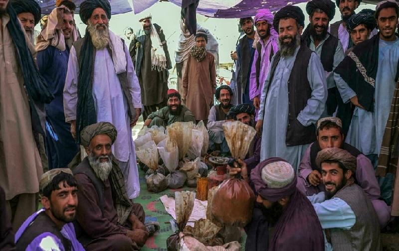 https: img.okezone.com content 2021 10 11 18 2484635 5-fakta-harga-opium-meroket-di-afghanistan-warga-berdalih-tak-punya-pilihan-J8NB1lloDm.jpg