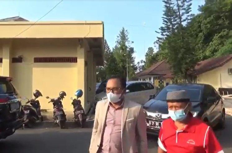 https: img.okezone.com content 2021 10 11 525 2484585 tak-terima-dituduh-dalang-pembunuhan-subang-yosef-dan-mimin-siap-lapor-polisi-AQaPONXDbk.jpg