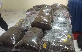https: img.okezone.com content 2021 10 11 525 2484751 simpan-tembakau-sintetis-8-86-gram-pemuda-ini-ditangkap-polisi-UxiOluMvO2.jpg