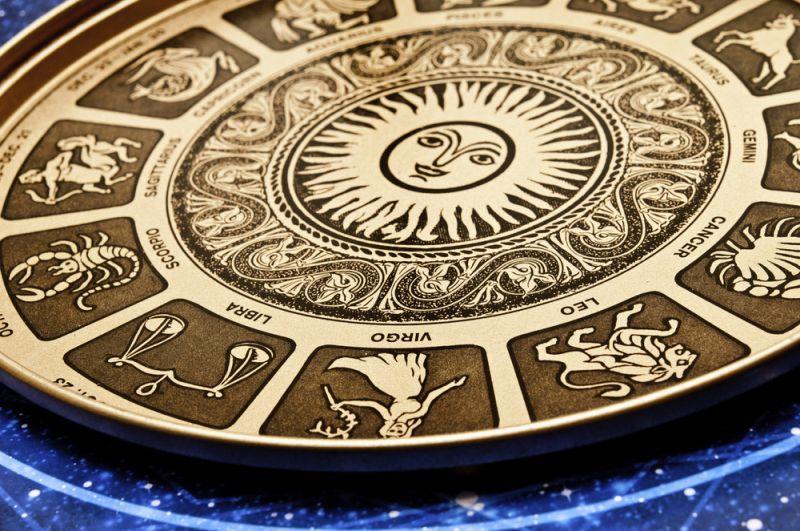 Zodiak Hari Ini: Aquarius Lunasi Utang Masa Lalu, Pisces Waspada Dimakan Teman thumbnail