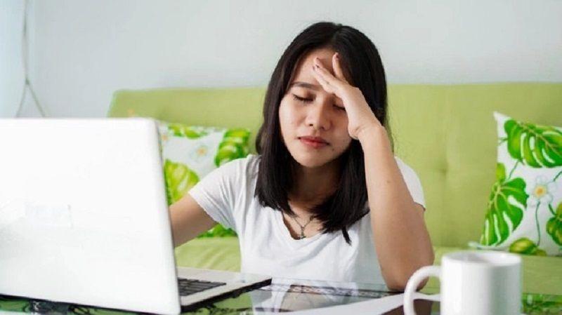 https: img.okezone.com content 2021 10 11 612 2484479 kesehatan-mental-tak-bisa-ditentukan-hanya-lewat-test-di-internet-loh-LHfR8HNota.jpg