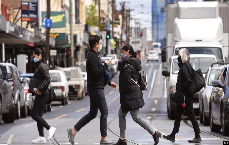 https: img.okezone.com content 2021 10 12 18 2484839 lockdown-106-hari-berakhir-di-sydney-rZuFATMxeY.jpg