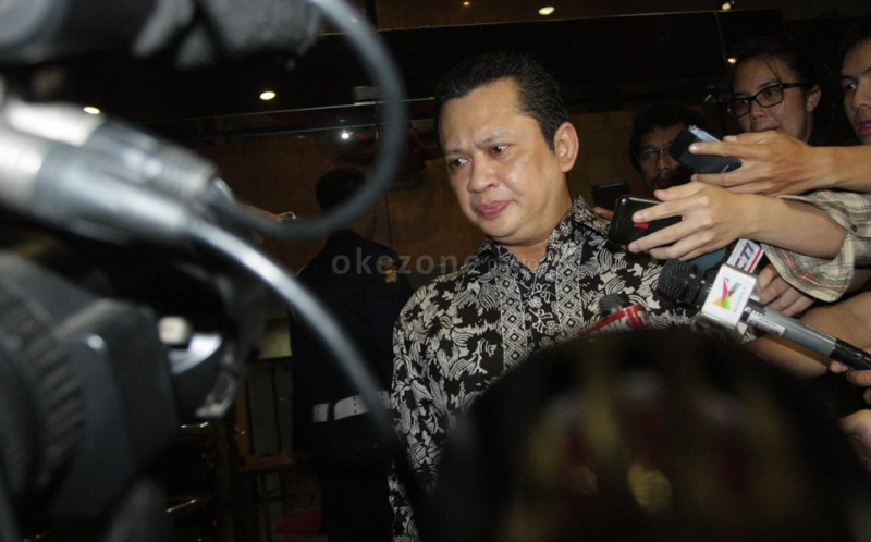 https: img.okezone.com content 2021 10 13 337 2485910 pemulihan-covid-19-indonesia-unggul-di-asean-semua-pihak-harus-tetap-waspada-Tyj2Dax78U.jpg