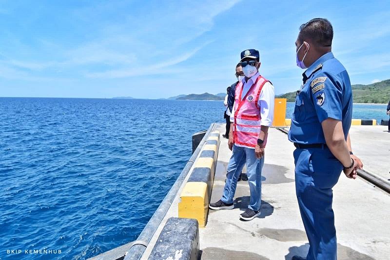https: img.okezone.com content 2021 10 14 320 2486308 indonesia-timur-tak-lagi-bergantung-pasokan-beras-dari-pulau-jawa-yYVP7vsvRY.jpg